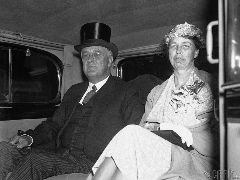 Элеанор болон Франклин Рузвельт