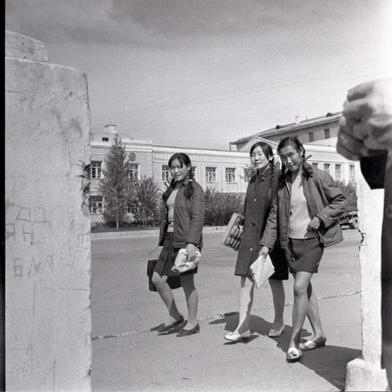 Санхүүгийн техникумын оюутан охид - 1960-аад он