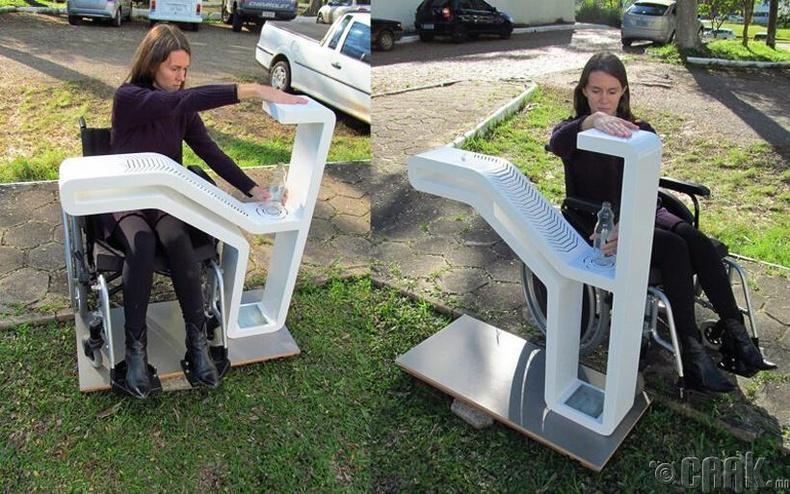 Хөгжлийн бэрхшээлтэй хүмүүст зориулсан фонтан