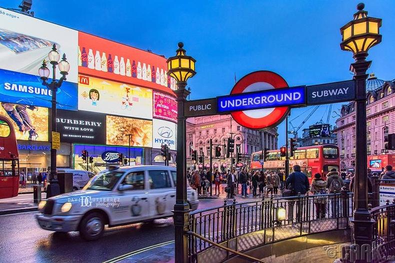 Лондон хот, Англи