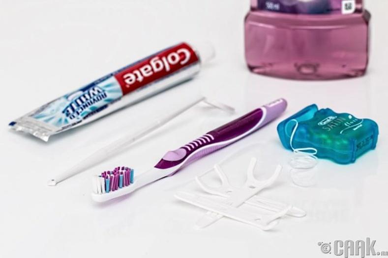 Өдөр бүр тогтмол шүдээ угаах
