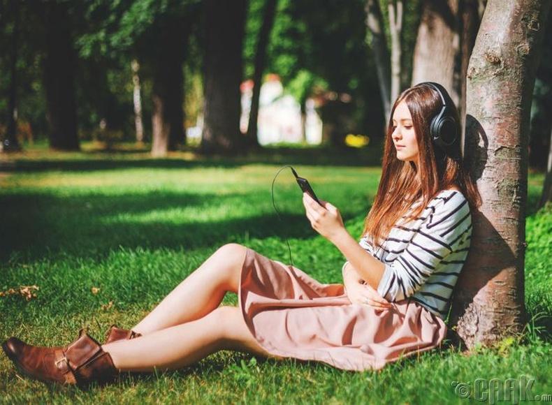 Дуу хөгжим сонсох
