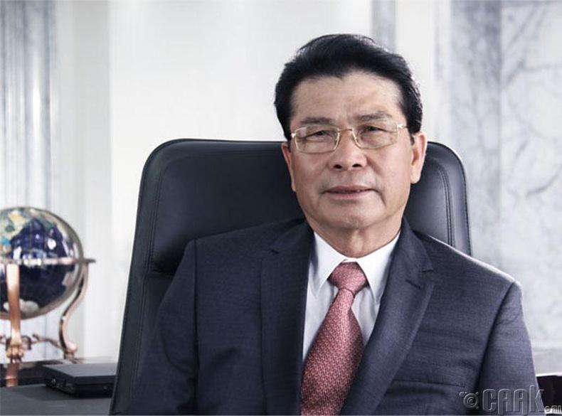 Хэ Шианжиан, (He Xiangjian), 23.2 тэрбум ам.доллар