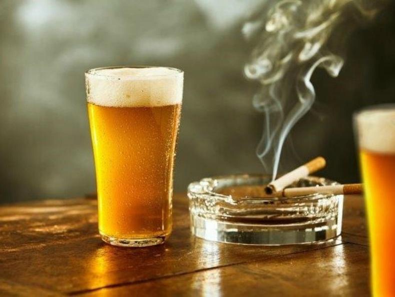 Согтууруулах ундаа болон тамхи