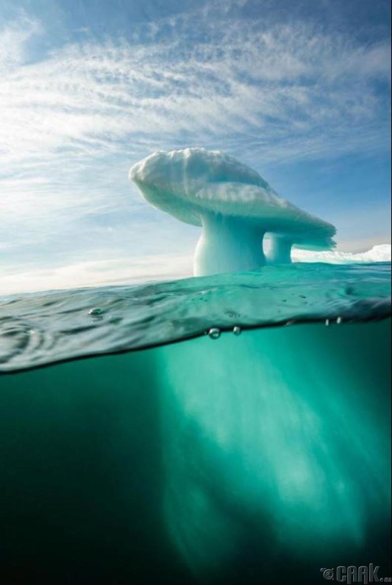 """""""Гринланд""""-ын ойролцоо үүссэн мөөгөн үүл"""