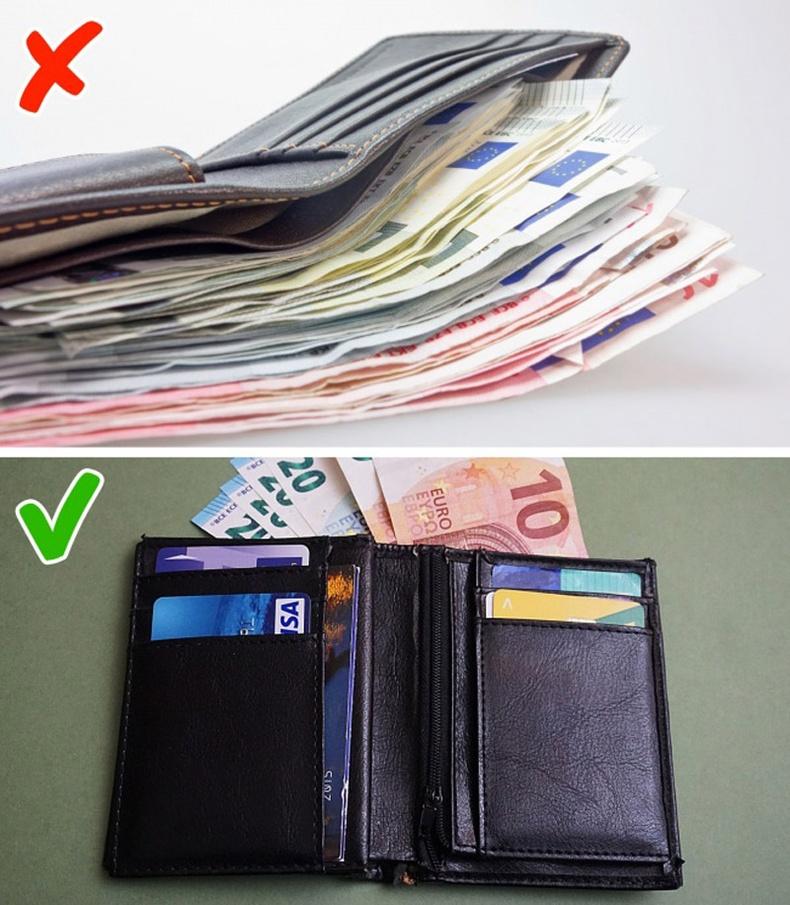 Зөвхөн бэлэн мөнгө эсвэл нэг карт авч явах