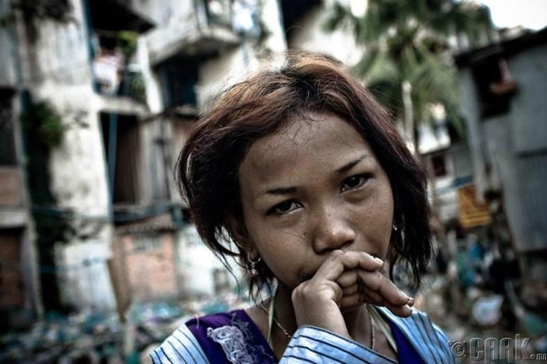 Камбожид онгон биеэ худалддаг