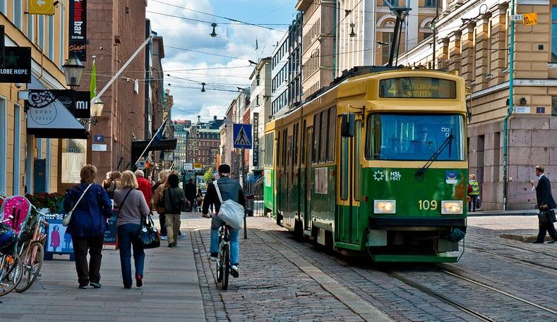 Финланд - хүн амын 5.6 хувь