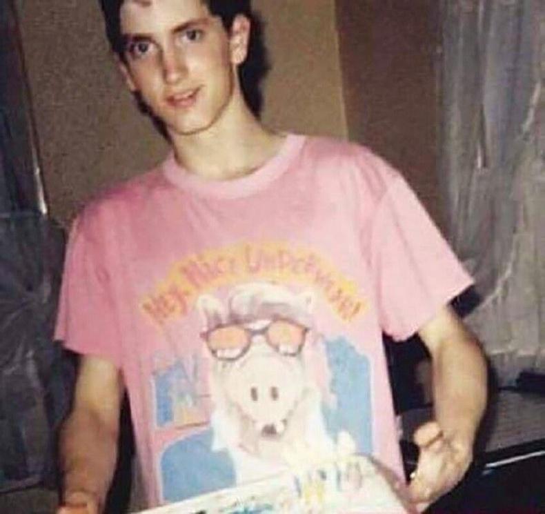 Эминемийн 18 насны төрсөн өдөр, 1990 он