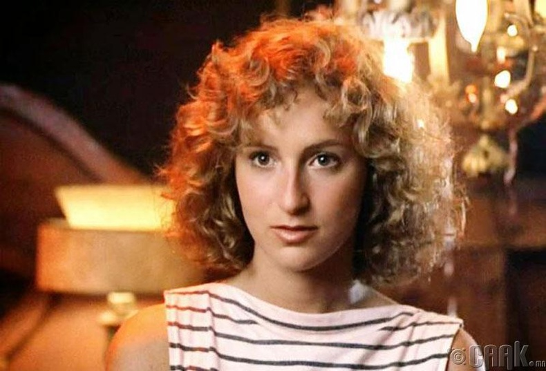 """Dirty Dancing"" кинонд 27 настай Женнифер Грэй 17 настай охины дүрд"