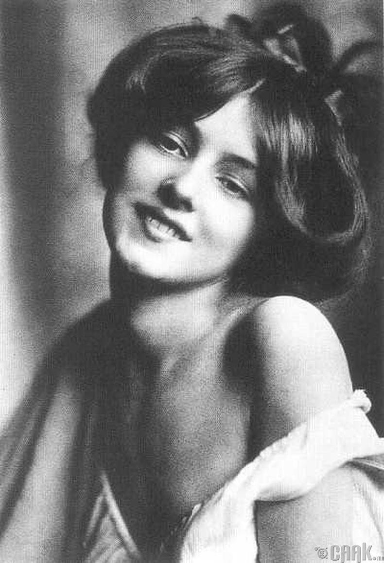 Жүжигчин Эвилин Нэсбит (Evelyn Nesbit)