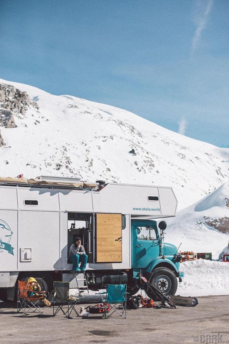 Турк болон Грек улсад цанаар гулгав