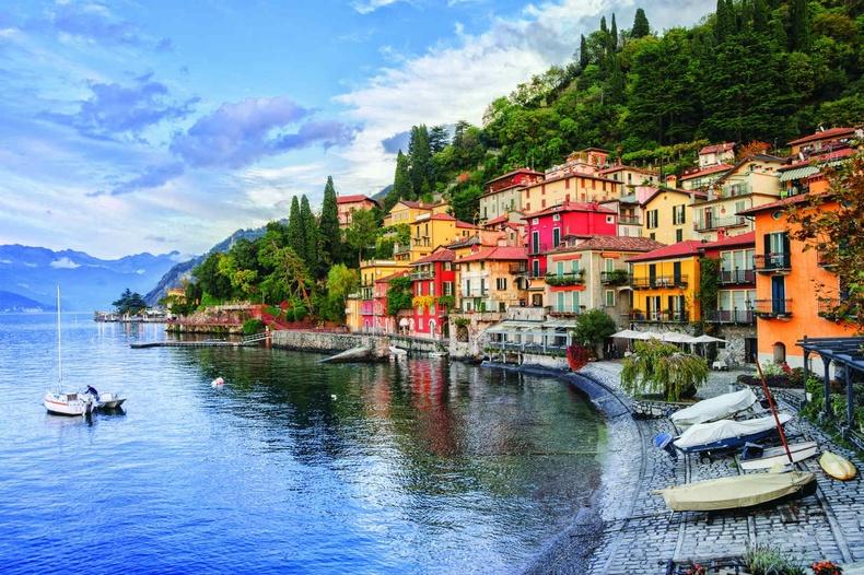 Эрхэм та бүхнийг 3 дугаар ээлжийн бүрэн шинэчлэгдсэн орон сууцаас сонголтоо хийж итали орноор аялахыг урьж байна