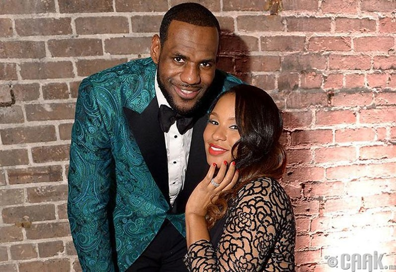 Леброн Жэймс болон Савана Жэймс (LeBron James, Savannah James)