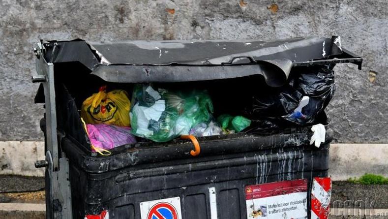 """Inside Trash Can"""