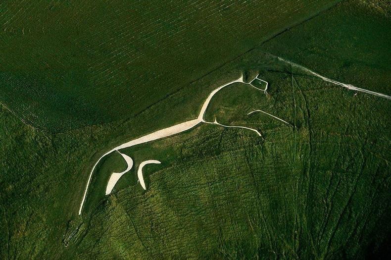 """Оксфордширийн ойролцоо байдаг """"Аффингтоны цагаан морь"""" - Их Британи"""