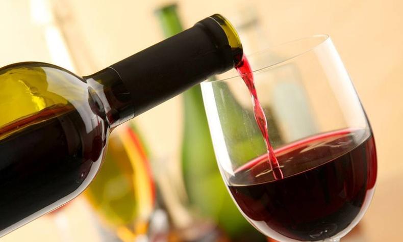 Нэг хундага улаан дарс нэг цаг фитнесээр хичээллэсэнтэй тэнцдэг гэдгийг эрдэмтэд нотолжээ