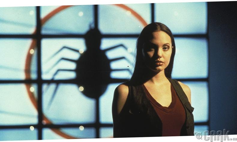 "Анжелина Жоли (Angelina Jolie) -  ""Cyborg 2: Glass Shadow "", 1993 он"