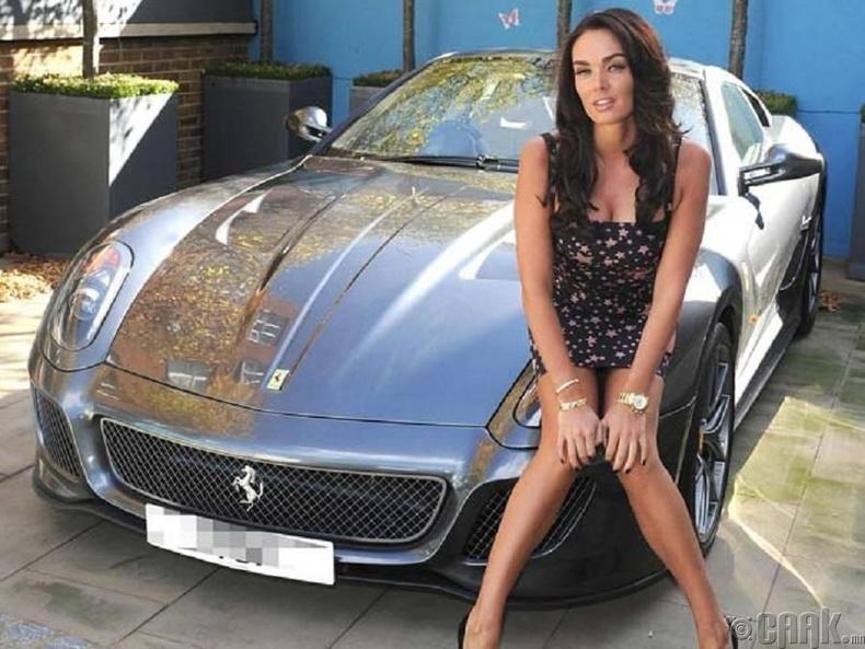 "Тамара Экклстоун (Tamara Ecclestone)- ""Ferrari 599 GTO"""