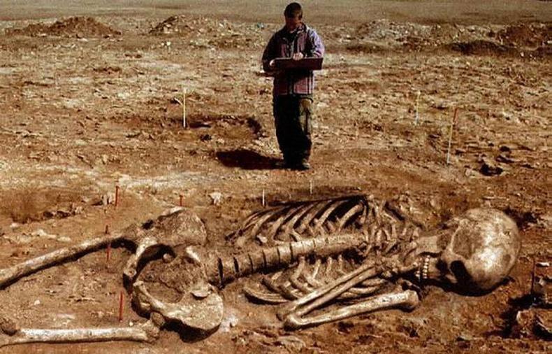 Эрдэмтдийг алмайруулсан Египетийн олдворууд