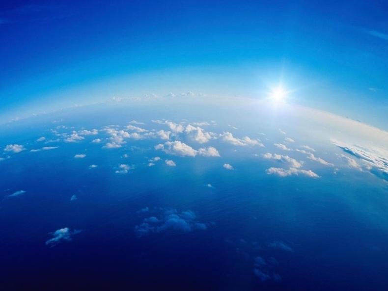 Яагаад тэнгэр цэнхэр байдаг вэ?