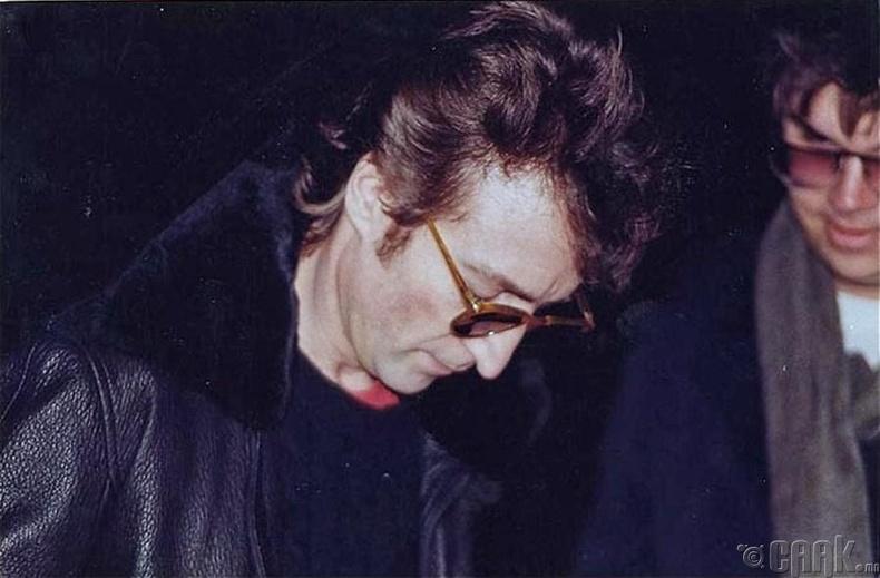 Жон Леннон (John Lennon), ба түүний алуурчин