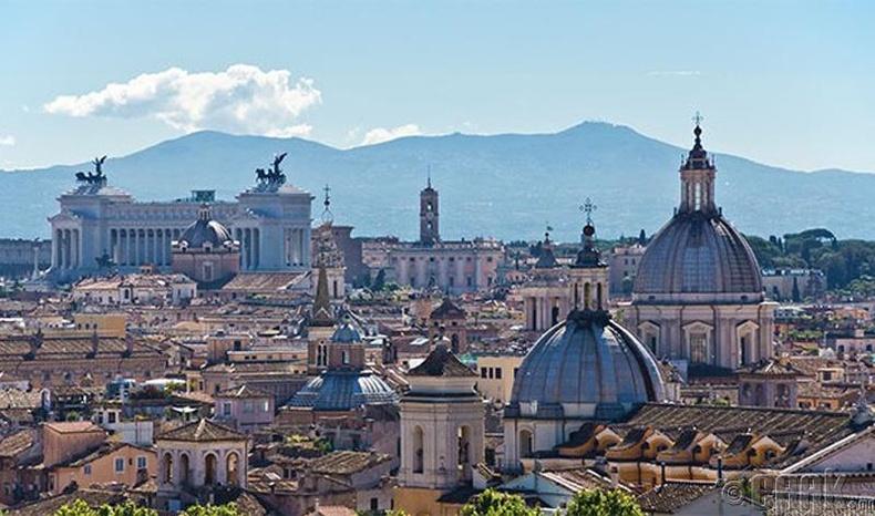 Ром (Rome) хот, Итали улс