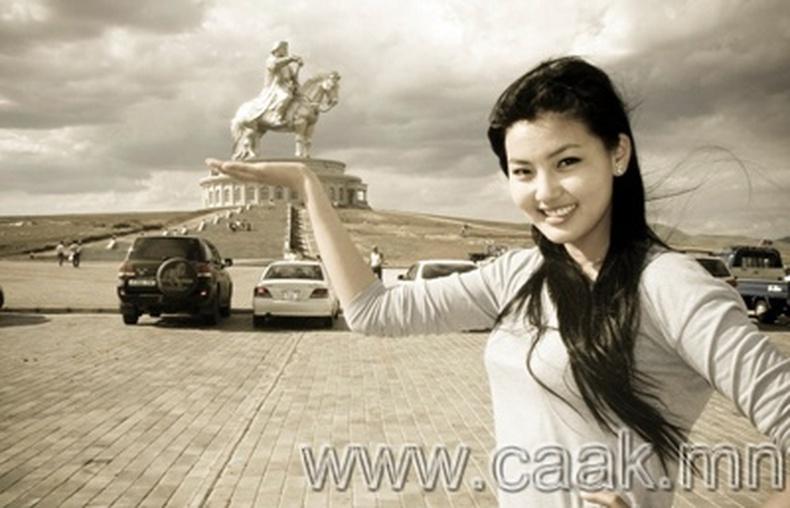 Монголын vзэсгэлэнт охид (85 фото) №108