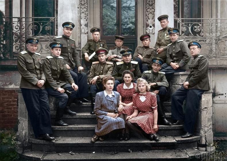 Зөвлөлтийн офицерууд Германд байгаа нь - 1946 он