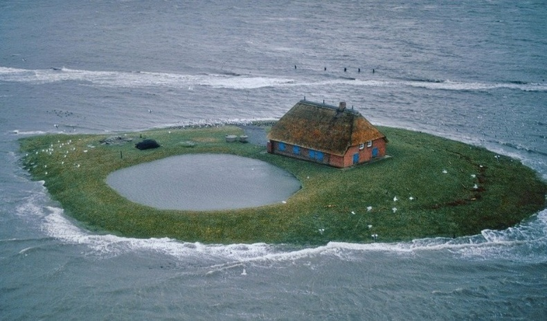 Дээр нь хүн амьдардаг дэлхийн хамгийн бяцхан арлууд