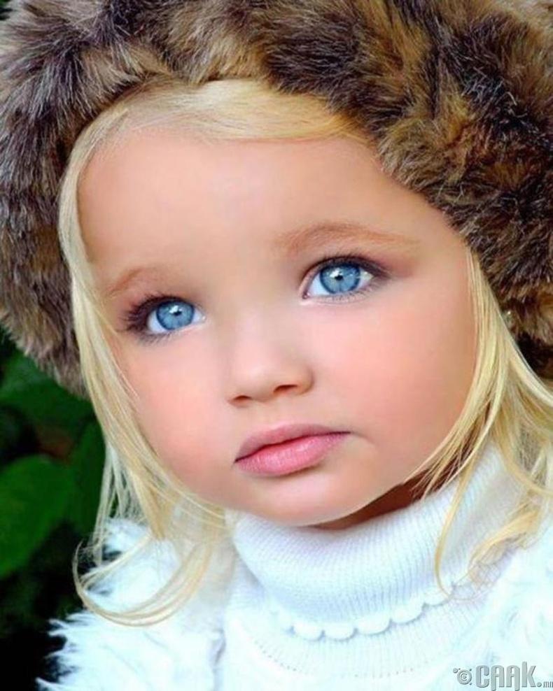 Айра Браун – Амьд Барби (7 нас)