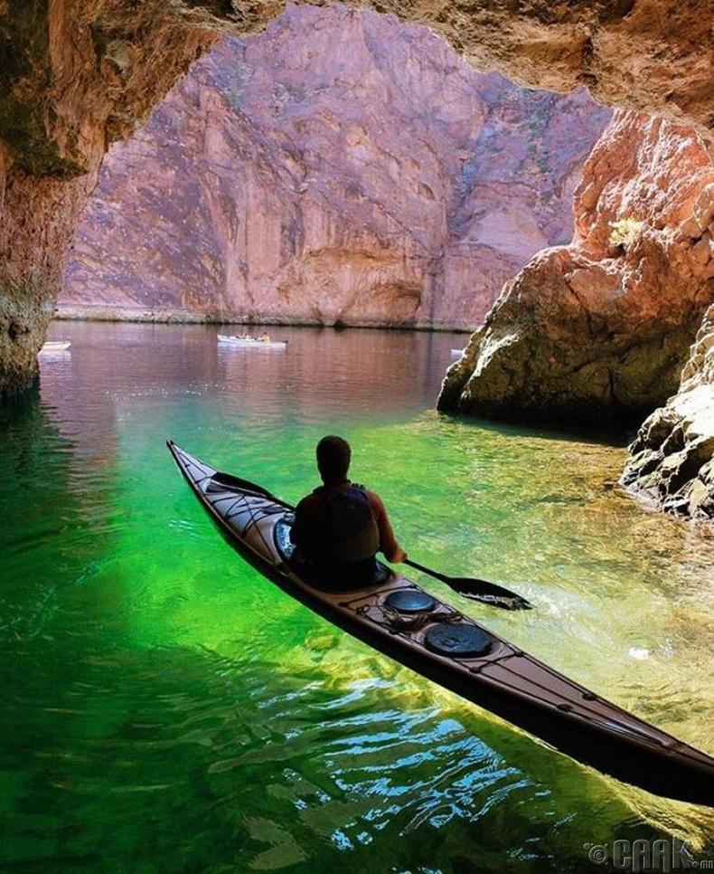 """""""Колорадо-гийн хар Ангал"""", Аризона"""