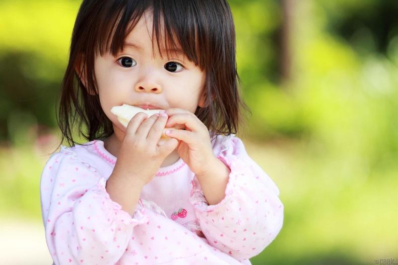 Хүүхдүүддээ шинэ төрлийн хоол хүнс идүүлж бай