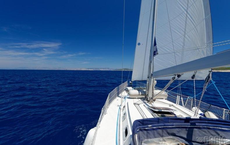 Стрессээ тайлахаар далайн аялалд гарч болно