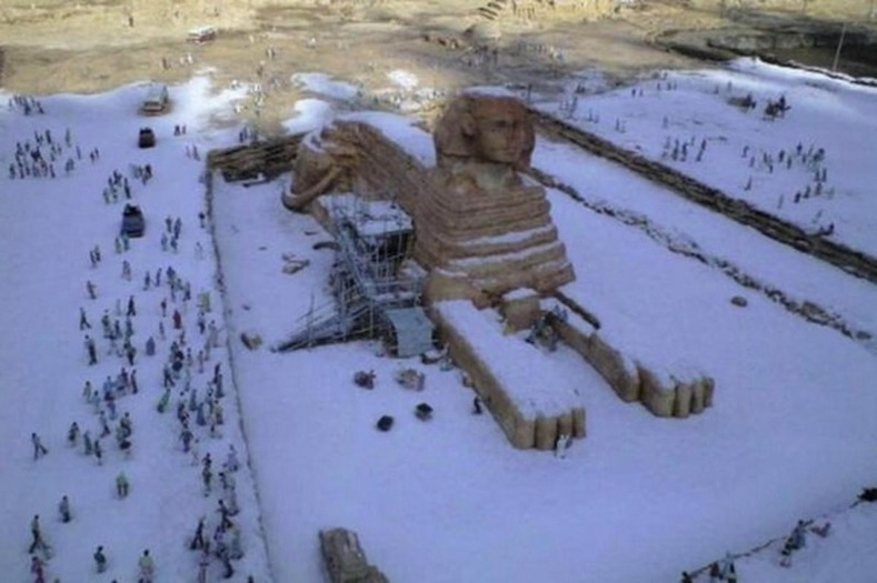 """112 жилийн дараа Каирд цас орлоо"""