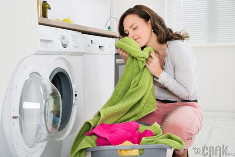 Хувцас хатаагчаас цэвэрхэн хувцас авч өмсөх