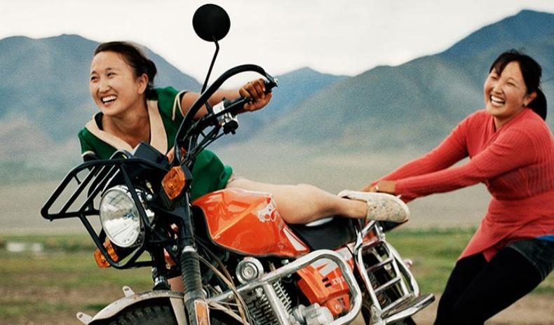 """""""Монголд дурласан 17 жил"""" - Гэрэл зурагчин Фредерик Лагранжийн шилдэг бүтээлүүдээс..."""