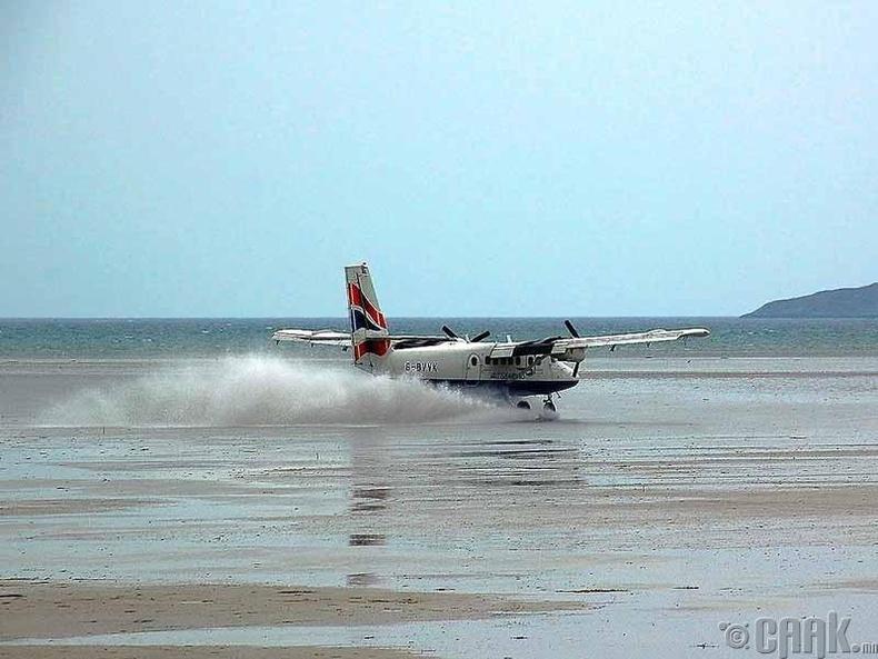 """""""Барра"""" олон улсын нисэх онгоцны буудал, Шотланд"""