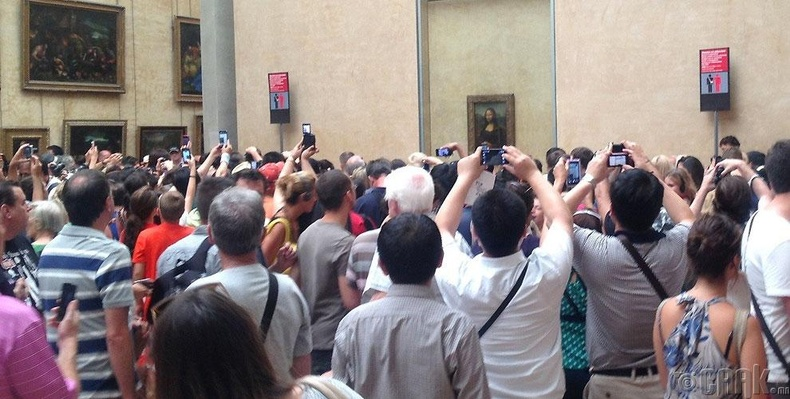 Мона Лизаг үзэхээр иртэл олигтой харж ч чадсангүй