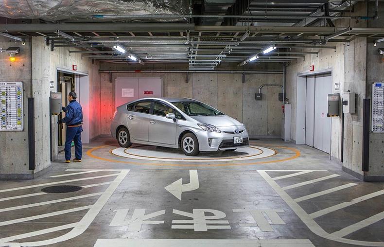 Япончууд машинаа зогсоолд хэрхэн байршуулдаг вэ?