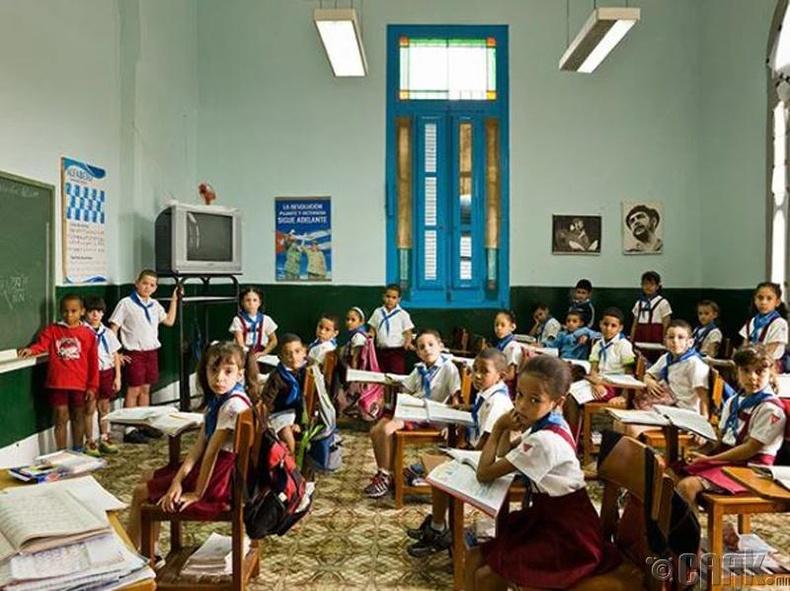 """""""Escuela Primaria Angela Landa"""" сургууль, Куба"""