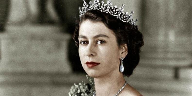 Хоёрдугаар Элизабет  (Elizabeth II), Их Британийн хатан хаан