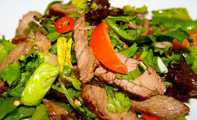 Зун идэхэд тохиромжтой илчлэг багатай амтат салатууд