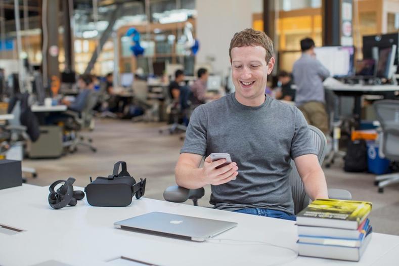 Фэйсбүүкийн дараагийн 10 жилийн төлөвлөгөө юу вэ?
