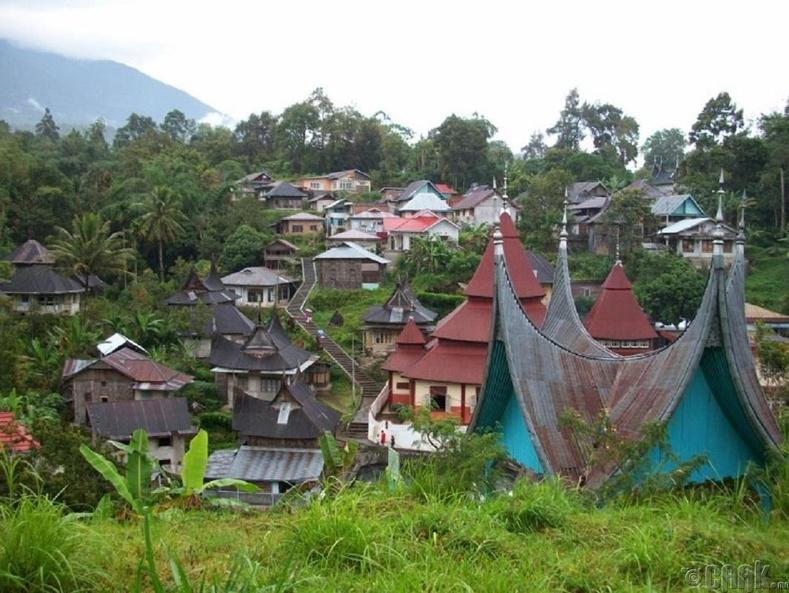 Парианган, Индонез