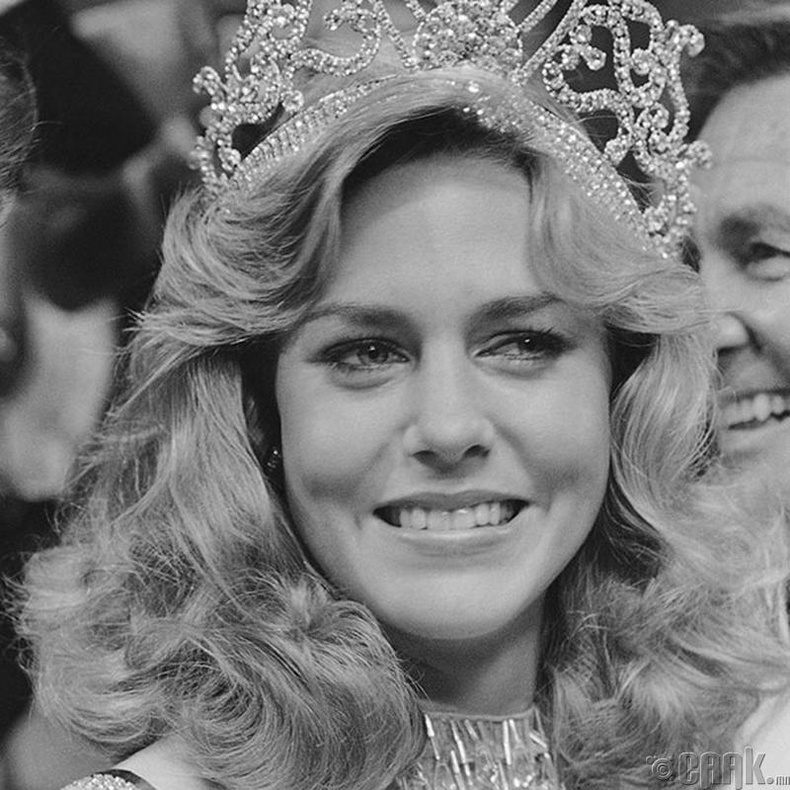 """""""Miss Universe-1980""""-ын ялагч: Америкийн гоо бүсгүй Шон Уитерли, 20 настай, 173 см өндөр."""