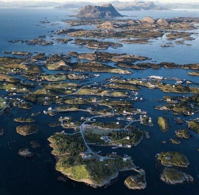 Бүлэг арлын дэд бүтэц, Норвеги