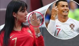 Дэлхийн аваргын тэмцээн үзэхээр ирсэн хөлбөмбөгчдийн халуухан эхнэрүүд