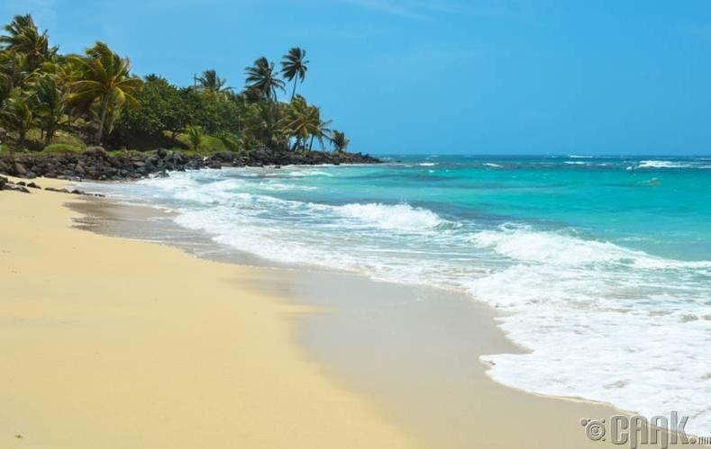 Корнийн арлууд, Никарагуа улс