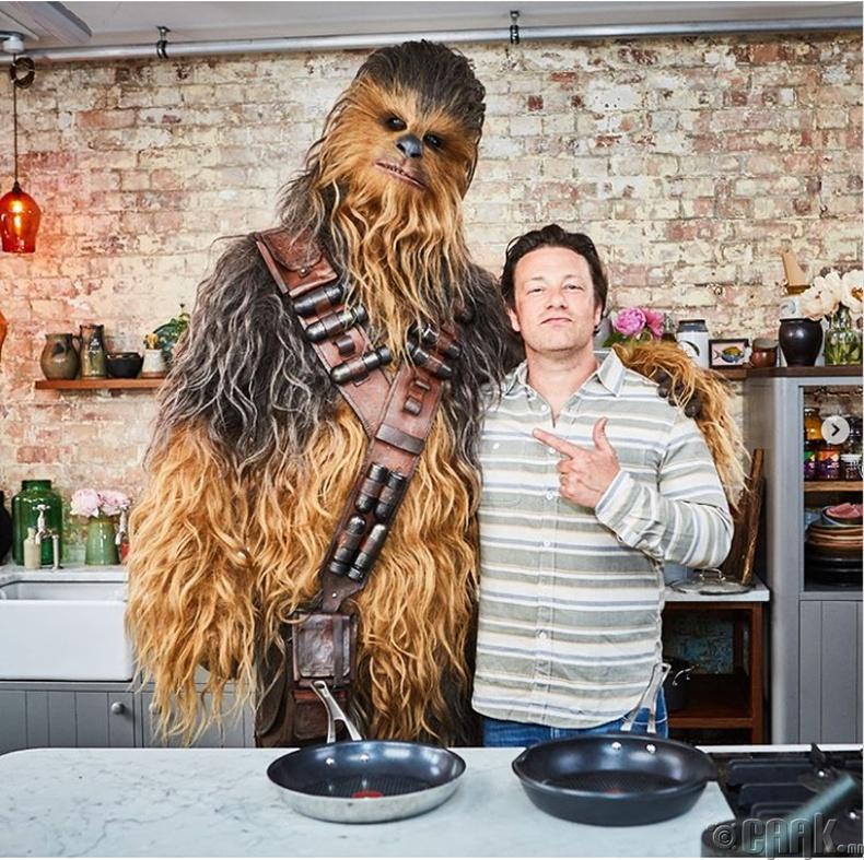 Жейми Оливер (Jamie Oliver) - 8000 ам.доллар